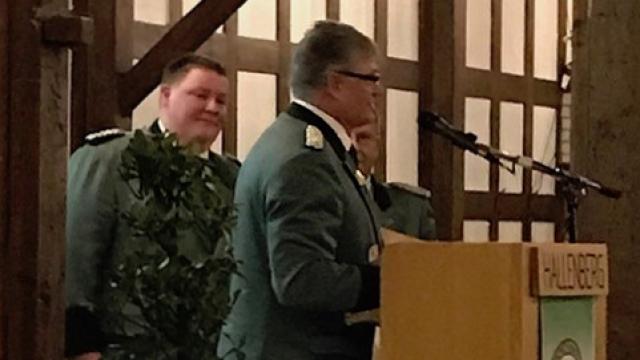 Michael Müller wird Mitglied im Ehrenvorstand